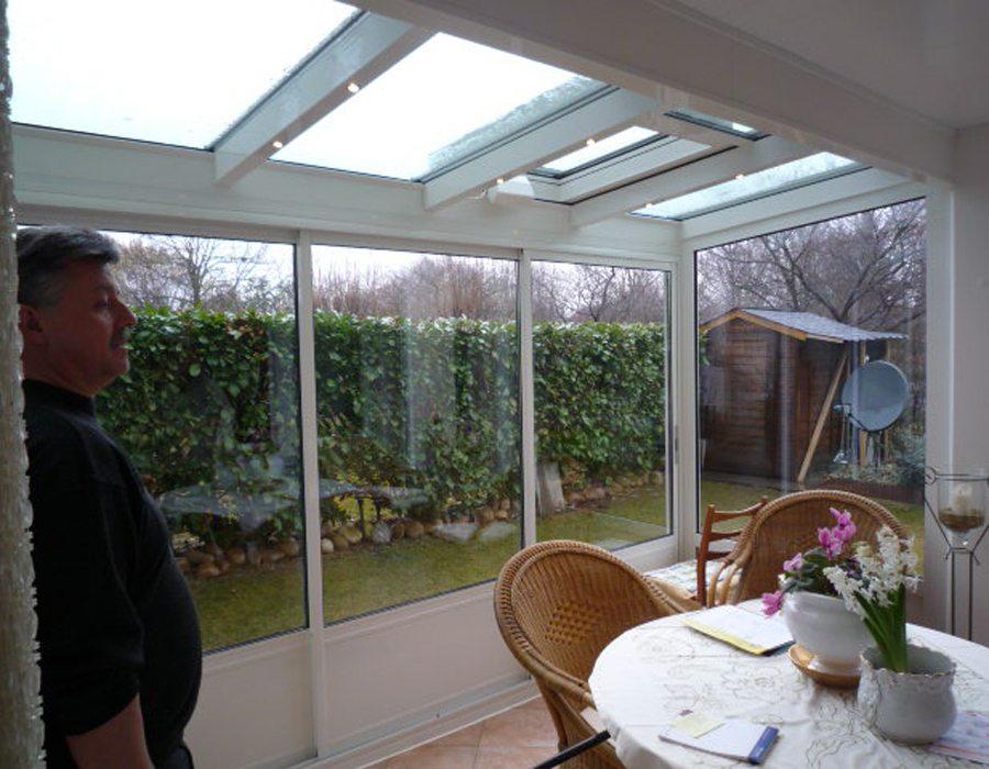 balkonverglasung glasbauzentrum ihr wintergarten zentrum. Black Bedroom Furniture Sets. Home Design Ideas