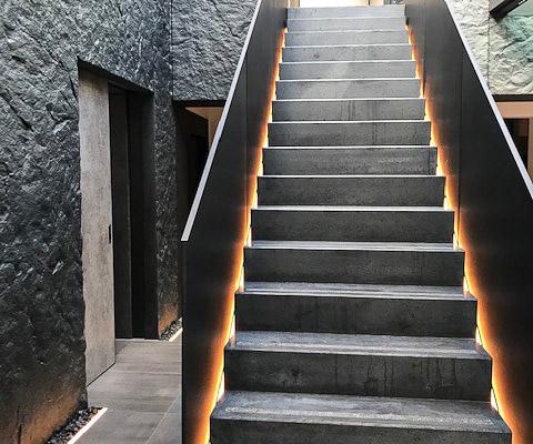 Treppengeländer mit Beleuchtung