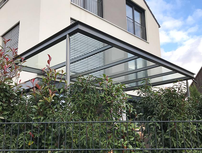 Pult Terrassendach aus Stahl