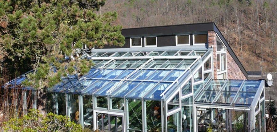 referenz glasbauzentrum ihr wintergarten zentrum. Black Bedroom Furniture Sets. Home Design Ideas